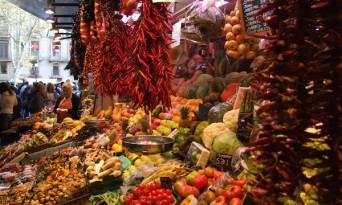 Cum să-ţi gestionezi bugetul de mâncare în vacanţă