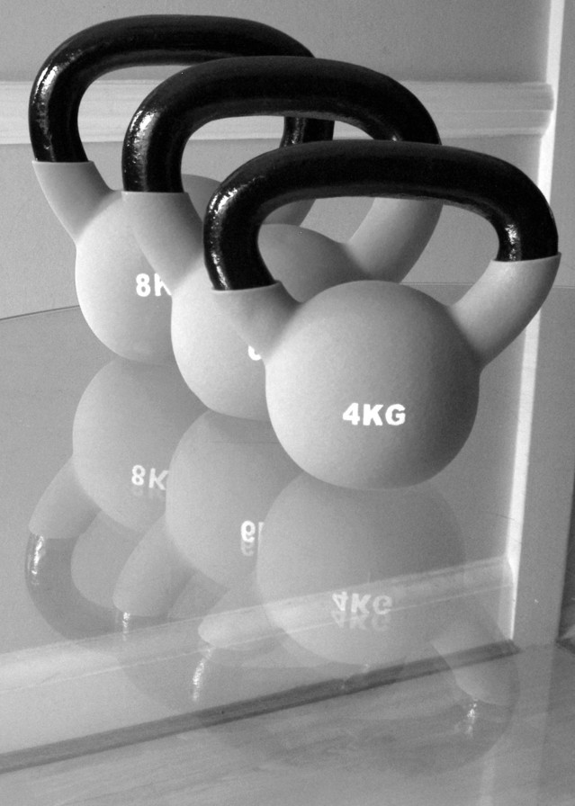 kettlebells-2-1141418-639x895