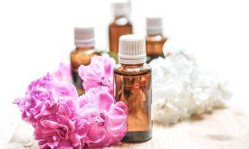 Cum să îţi faci propriul parfum la tine acasă