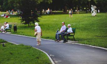 La ce vârstă trebuie să începi să economiseşti pentru pensie?